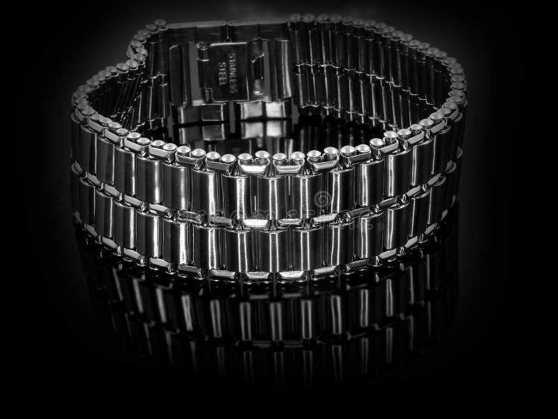 Bracelete de prata da joia A?o inoxid?vel imagem de stock royalty free