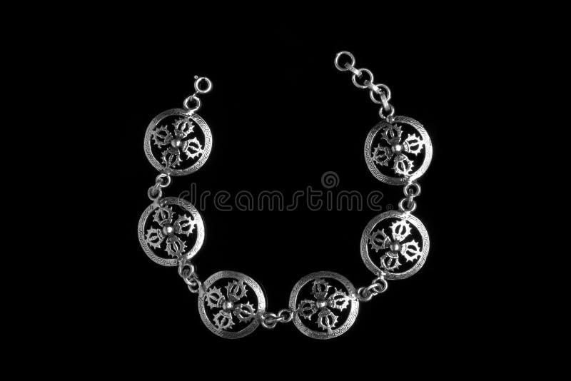 Bracelete de prata no estilo indiano antigo imagens de stock royalty free