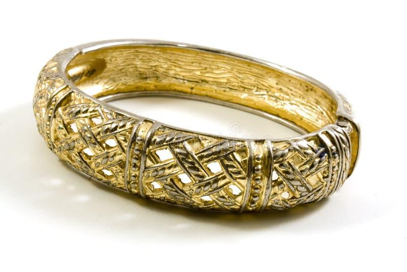 Bracelete do ouro fotografia de stock