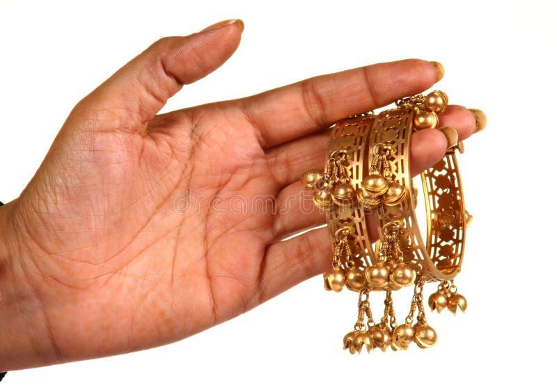 Bracelets d'or photographie stock