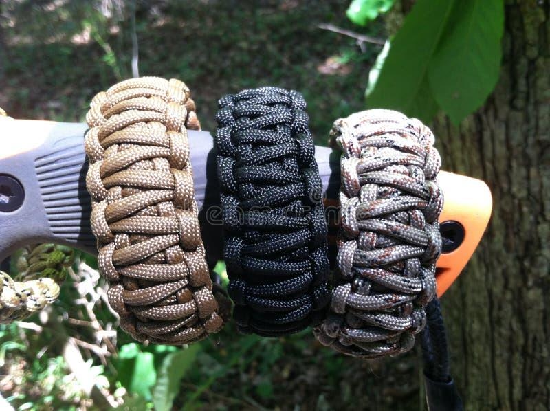 Bracelets de survie photo libre de droits