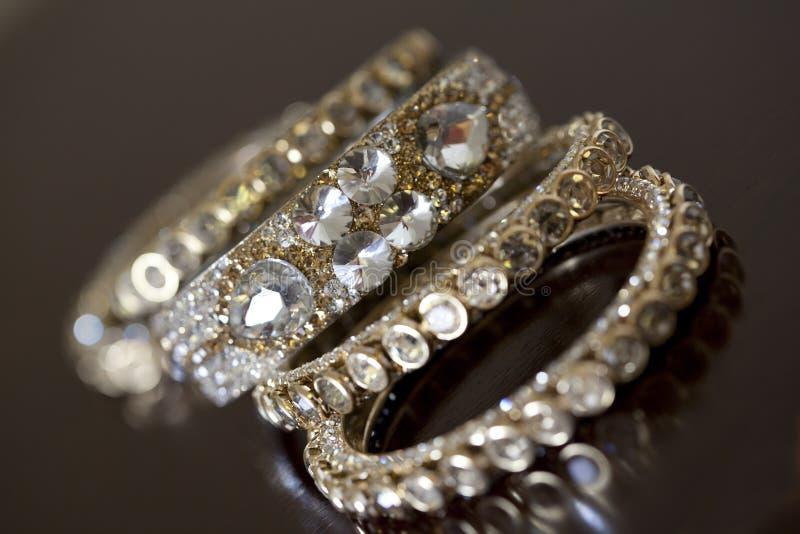 Bracelets indiens de mariage image stock
