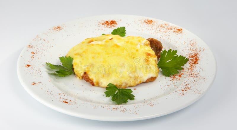 Braciola di maiale con formaggio. immagini stock libere da diritti