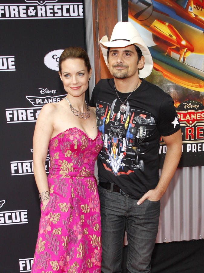 Brad Paisley och Kimberly Williams-Paisley arkivfoton