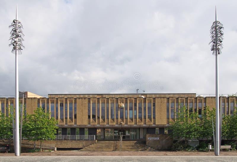 bradford domstol i fyrkantigt västra för hundraårsdag - yorkshire med stora moderna gataljus royaltyfri foto