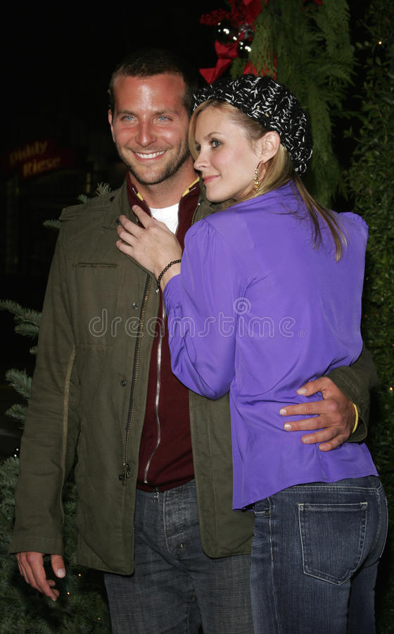 Bradley Cooper and Bonnie Somerville. WESTWOOD, CALIFORNIA. November 14, 2005. Bonnie Somerville and Bradley Cooper at the `Just Friends` Premiere at the Mann royalty free stock photos