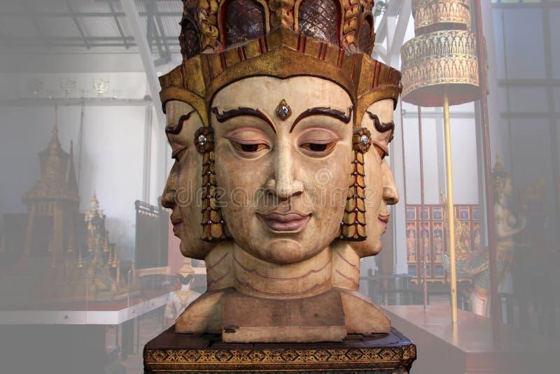 Brahma de standbeeldreplica (De Cultuur van Thailand) stock foto's