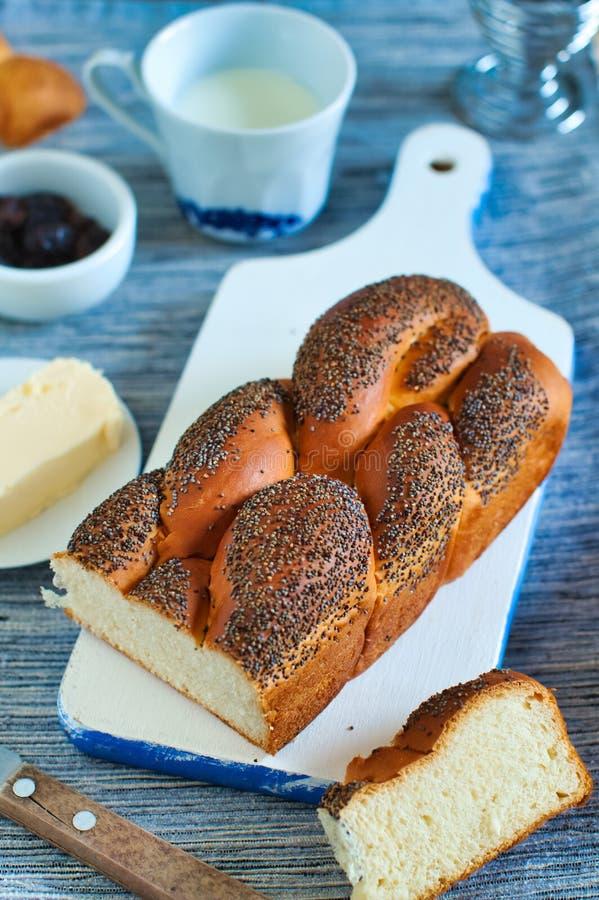 Braided simple vanilla zoet brood voor het ontbijt royalty-vrije stock foto's