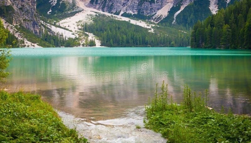 Braies See in Dolomiti-Region, Italien lizenzfreies stockbild