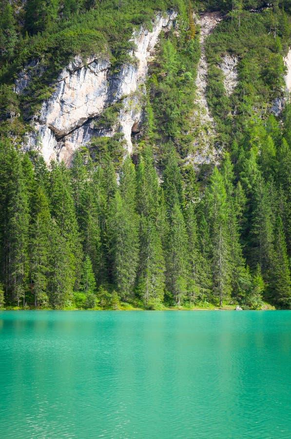 Braiesmeer in Dolomiti-gebied, Italië royalty-vrije stock afbeeldingen
