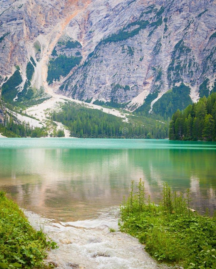 Braiesmeer in Dolomiti-gebied, Italië stock afbeeldingen
