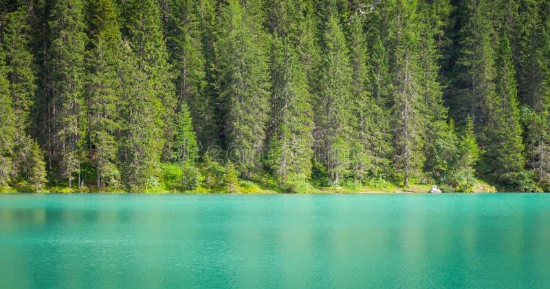 Braiesmeer in Dolomiti-gebied, Italië royalty-vrije stock foto
