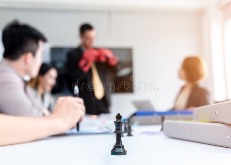 'brainstorming' ομαδικής εργασίας επιχειρηματιών Σχέδιο μάρκετινγκ που ερευΠστοκ φωτογραφία