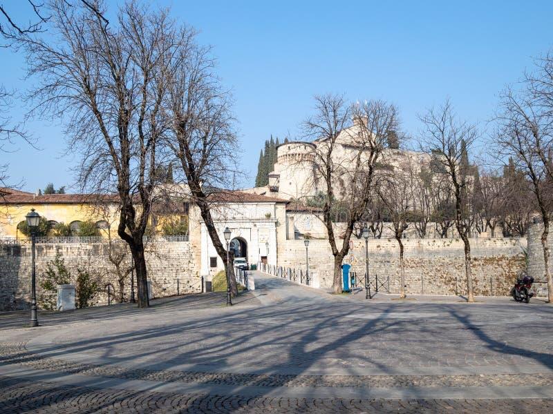 brama średniowieczni forteczni Castello di Brescia obrazy royalty free