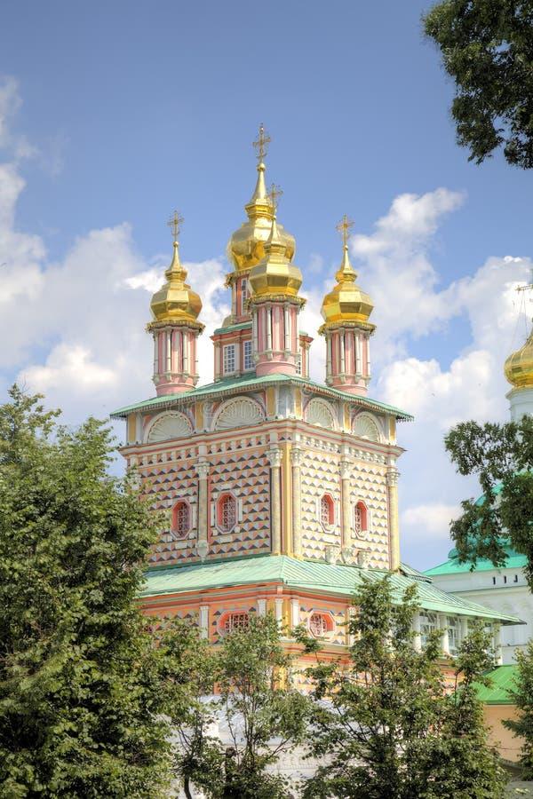 Brama kościół St John Baptystyczny Świętej trójcy St Sergius Lavra zdjęcia stock