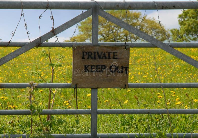 brama utrzymuje znak intymnego znaka zdjęcia stock