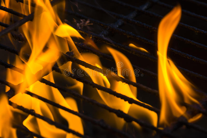 Brand bij de grill royalty-vrije stock fotografie