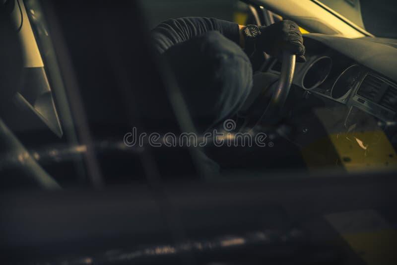 Brand omhoog Gestolen Auto royalty-vrije stock afbeeldingen