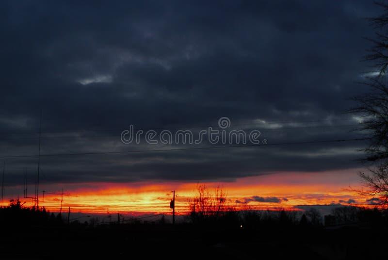 Brand p? horisonten arkivfoto