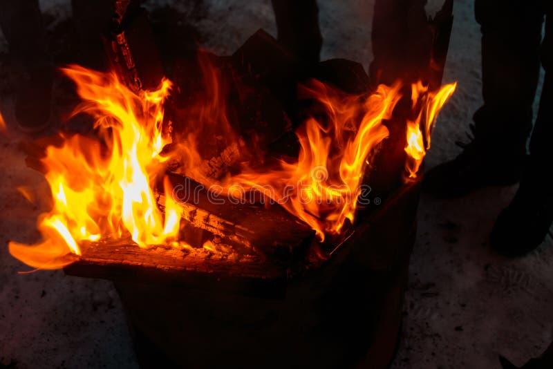 Brandbränningbrand och flamma royaltyfri foto