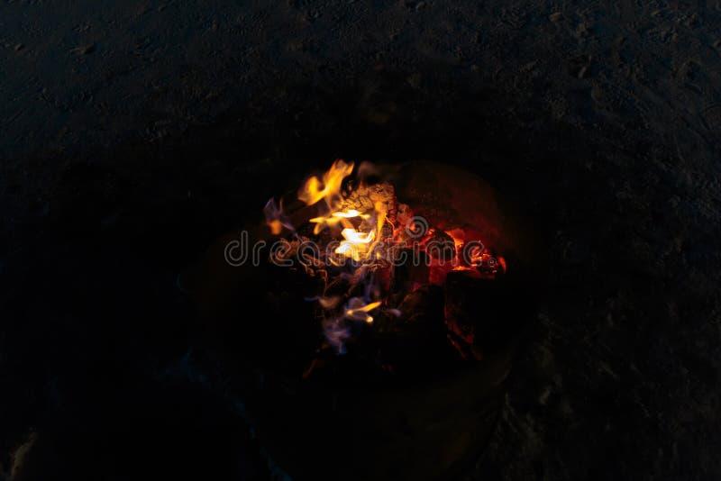 Brandbränningbrand och flamma arkivfoton