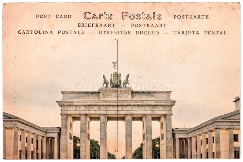 Brandenburg brama w Berlin, Niemcy, kolaż na sepiowym rocznik pocztówki tle obrazy stock