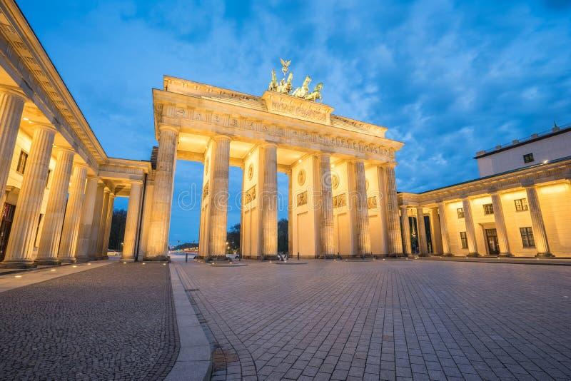 Brandenburger Tor (Brandenburg Gate) in Berlin Germany at night royalty free stock photos