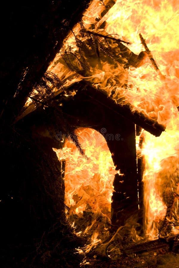 Brandende hondhut stock foto