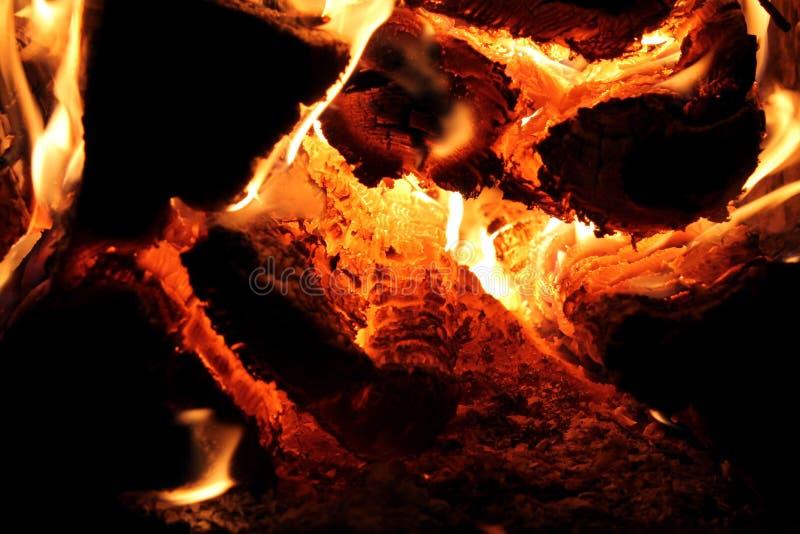 Brandende Logboeken stock foto's
