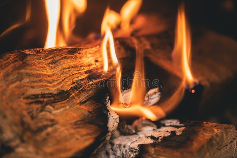 Brandende open haardclose-up 3 royalty-vrije stock foto
