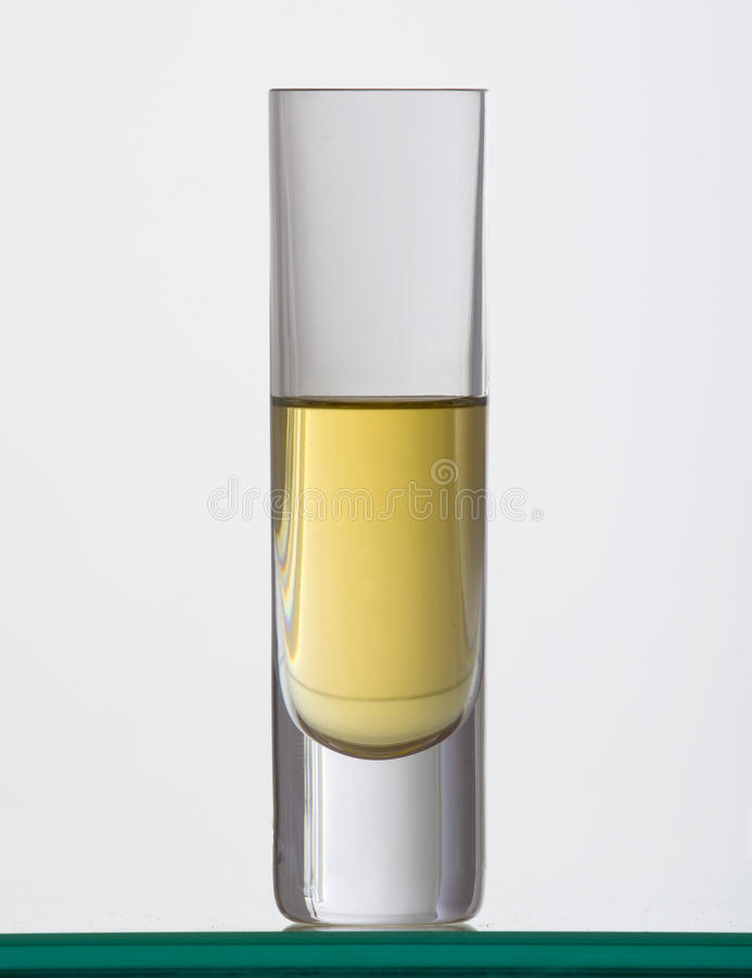 Brandewijn in het glas stock afbeeldingen