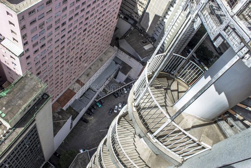 Brandflykt från den Copan byggnaden arkivfoto