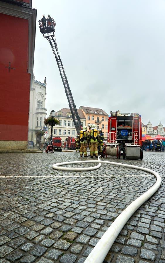 brandvechter het praktizeren redding stock foto
