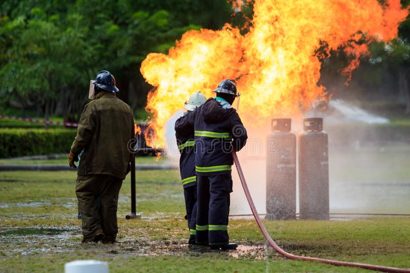 Brandvechter Opleiding In Bangkok stock afbeelding
