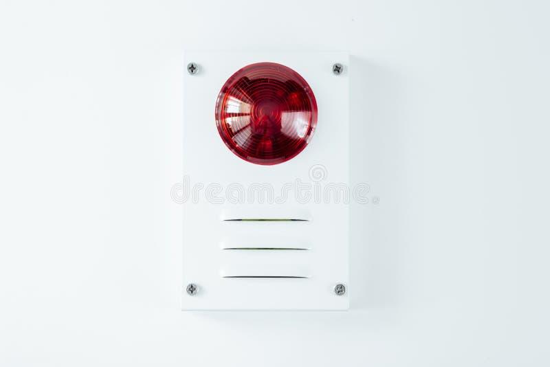 Brandveiligheidssysteem op een whateachtergrond van een exemplaarruimte stock afbeelding