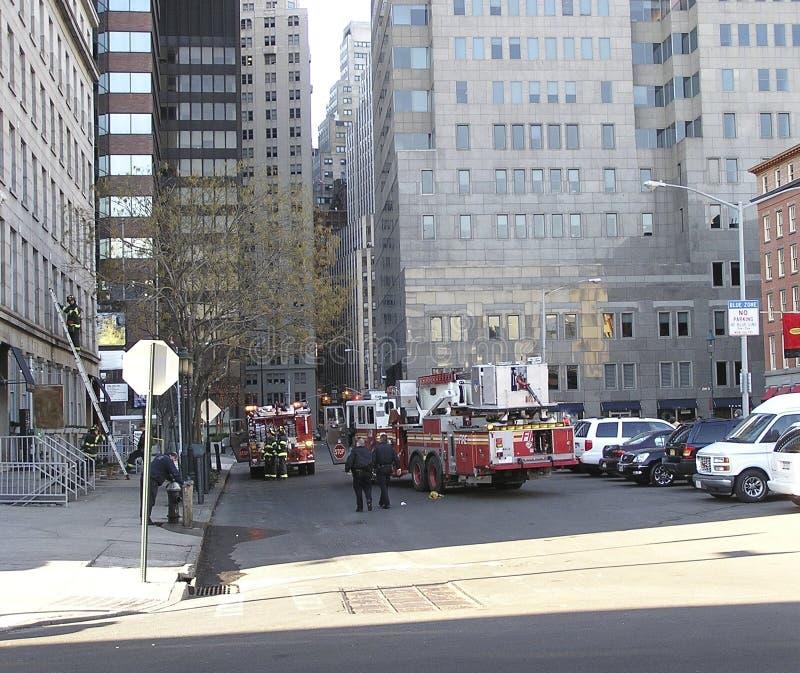 Brandweerlieden van New York in actie stock foto