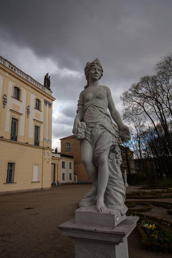 Branicki pałac ogródu statua w Białostockim, Polska obraz royalty free