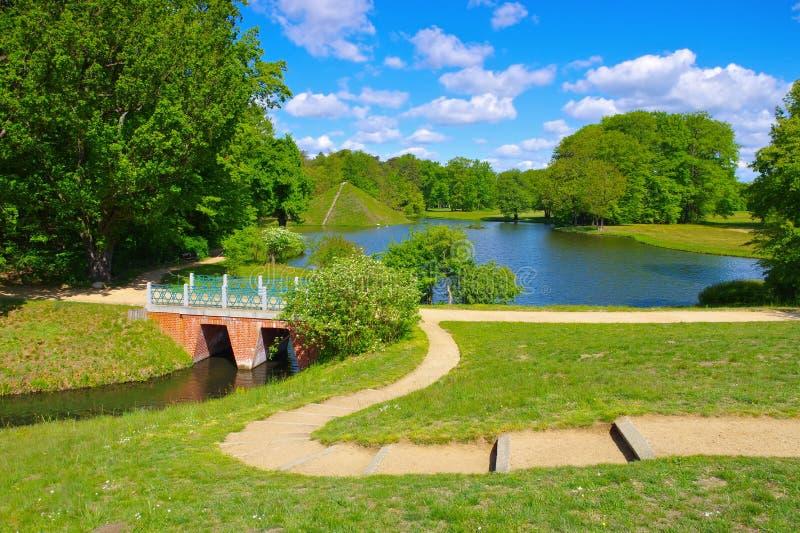 Branitz park w Lusatia blisko grodzkiego Cottbus fotografia stock
