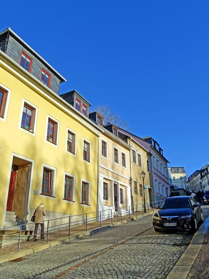 Brant väg i den gamla staden av Annaberg-Buchholz royaltyfri fotografi