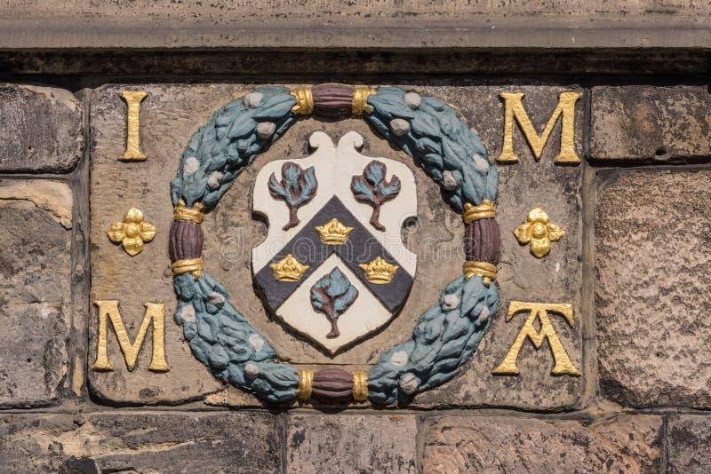 Brasão em John Knox House, Edimburgo, Escócia, Reino Unido fotos de stock royalty free