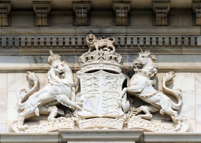 Brasão real britânica em Victoria Memorial em Kolkata fotos de stock royalty free