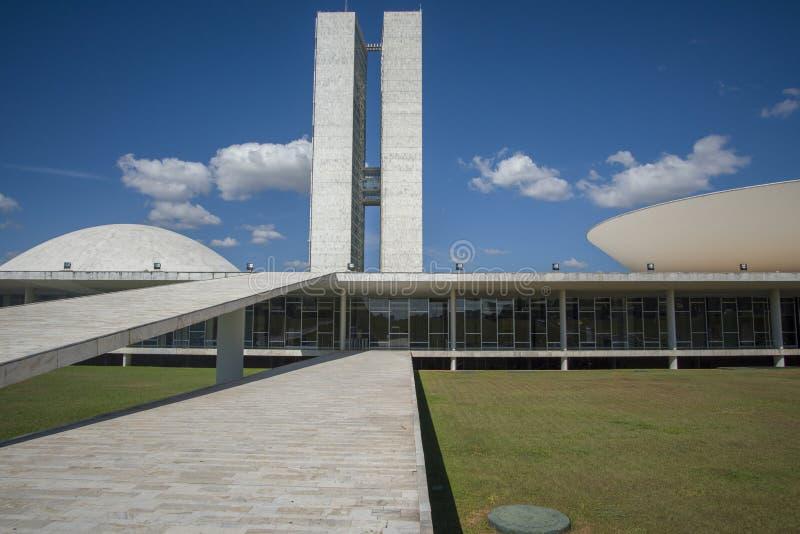 Brasília, Distto Federal, Βραζιλία - 3 Μαΐου 2016: Όψη χαμηλής γωνίας της Ομοσπονδιακής Γερουσίας στοκ φωτογραφία