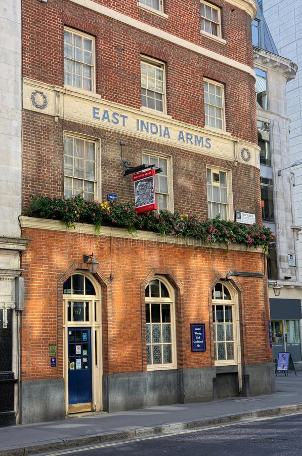 Bras est de l'Inde Pub anglais traditionnel Londres photographie stock libre de droits