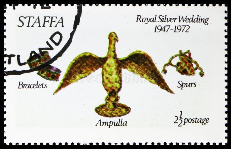 Braselets, Ampulla, шпоры, королевская серебряная свадьба, serie Staffa Шотландии, около 1972 стоковое фото rf