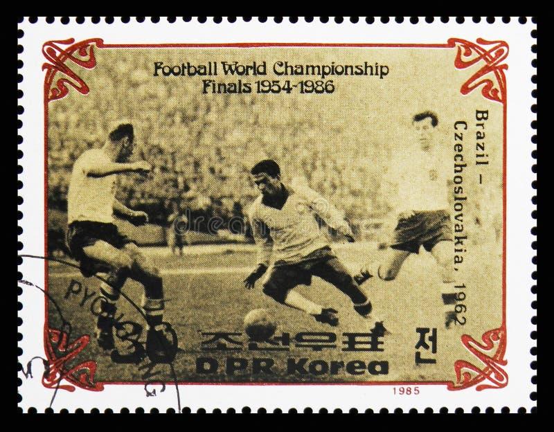 Brasil contra Checoslováquia - 1962, finais do serie 1954-1966 do campeonato do mundo do futebol, cerca de 1985 foto de stock