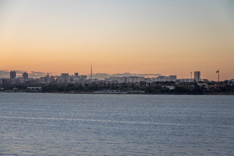 Brasilia Horizon bij zonsondergang - Brasilia, Federale Distrito, Brazilië royalty-vrije stock foto's