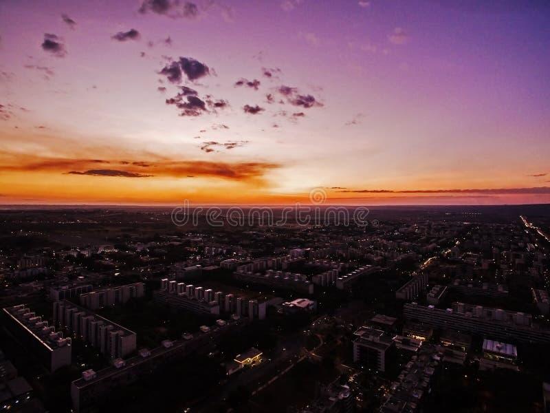 Brasilia under solnedgång arkivbilder