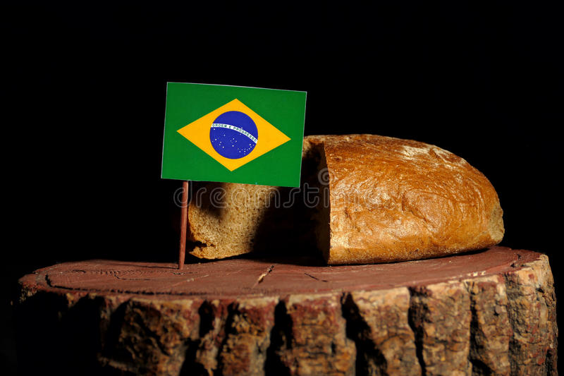 Download Brasilianische Flagge Auf Einem Stumpf Mit Brot Stockbild - Bild von markierungsfahne, voll: 96935369