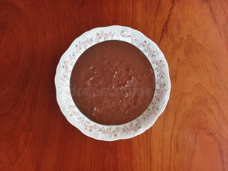Brasilianische Süßigkeit Brigadeiro Brigadegeneralsüßigkeit - sahnige Version stockfoto