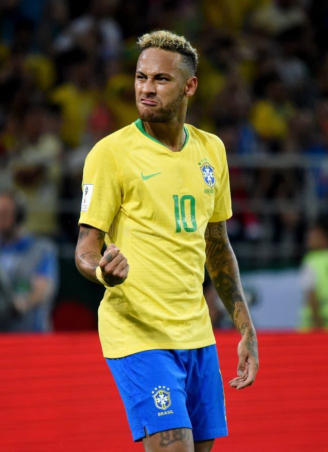 Brasiliansk världsstjärna Neymar efter det andra målet i FIFA värld C arkivbild